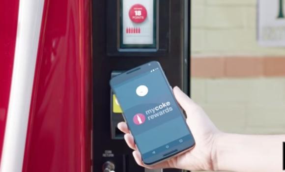 Banking-Produkte müssen für alle Touchpoints - vom Geldautomaten bis hin zur Smartphone-App - optimiert werden.