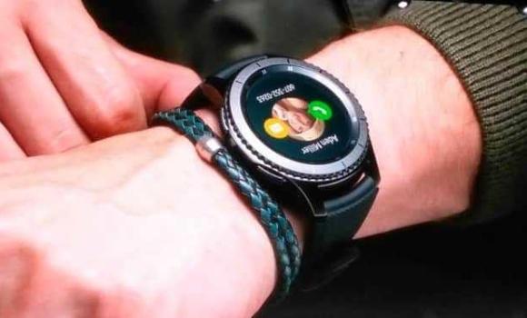 wearable samsung watch